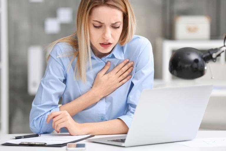 Οι γυναίκες κινδυνεύουν περισσότερο από καρδιακή προσβολή | vita.gr