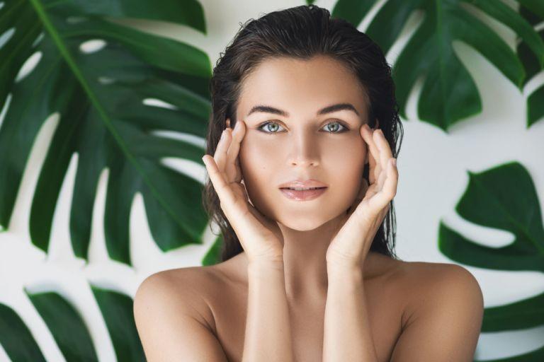 Skincare: 7 συνήθειες που πρέπει να υιοθετήσετε πριν τα 40 | vita.gr