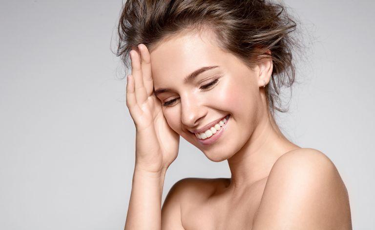 Τα 6 λάθη που κάνετε στο φυσικό μακιγιάζ | vita.gr