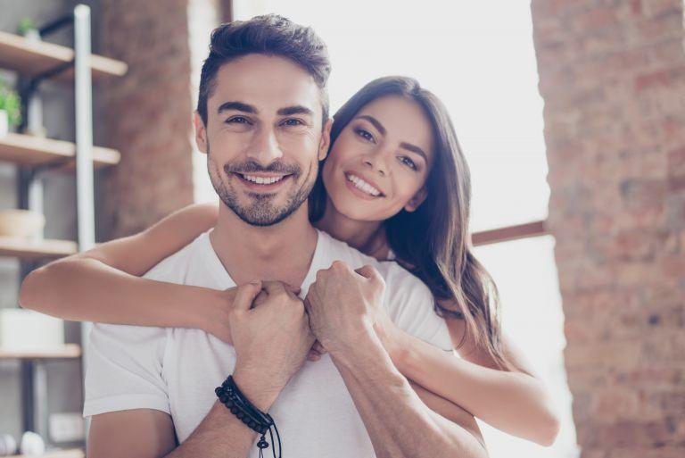 Πώς να ανακοινώσετε στον σύντροφό σας ότι… θα γίνει μπαμπάς! | vita.gr