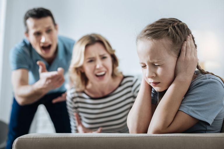 Τι συμβαίνει πραγματικά όταν φωνάζουμε στα παιδιά μας;   vita.gr