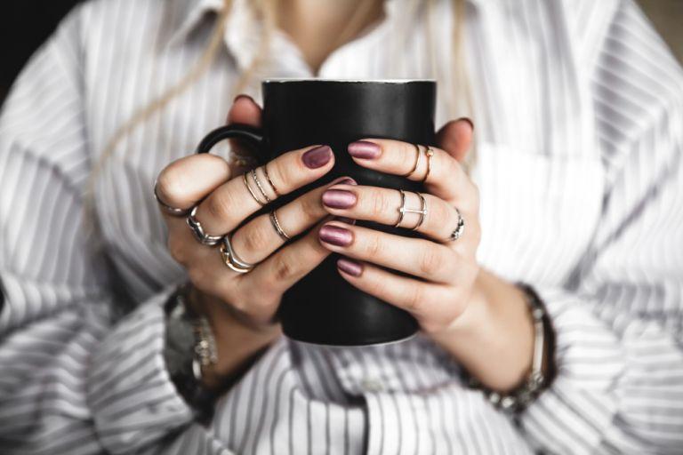 Οι συνήθειες που καταστρέφουν τα νύχια σας | vita.gr