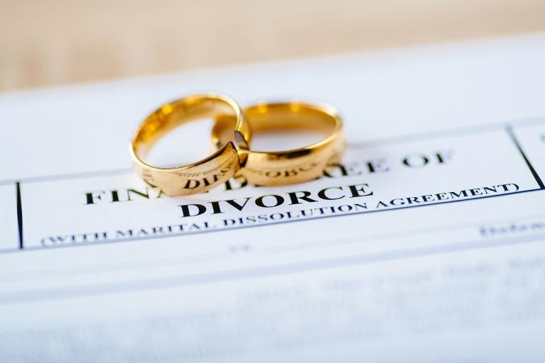 Ανακοινώθηκε και επίσημα το διαζύγιο διάσημου ζευγαριού του Χόλιγουντ | vita.gr