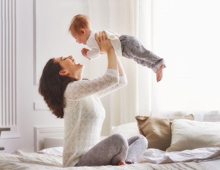 Πώς θα προστατεύσετε το μωρό σας από το Σύνδρομο Βρεφικού Αιφνίδιου Θανάτου | vita.gr