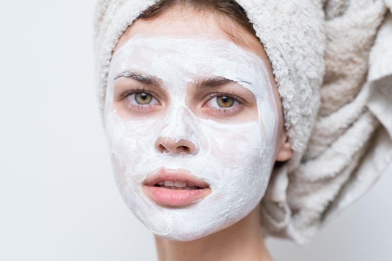 3 DIY μάσκες προσώπου για να απαλλαγείτε από την περιττή λιπαρότητα | vita.gr