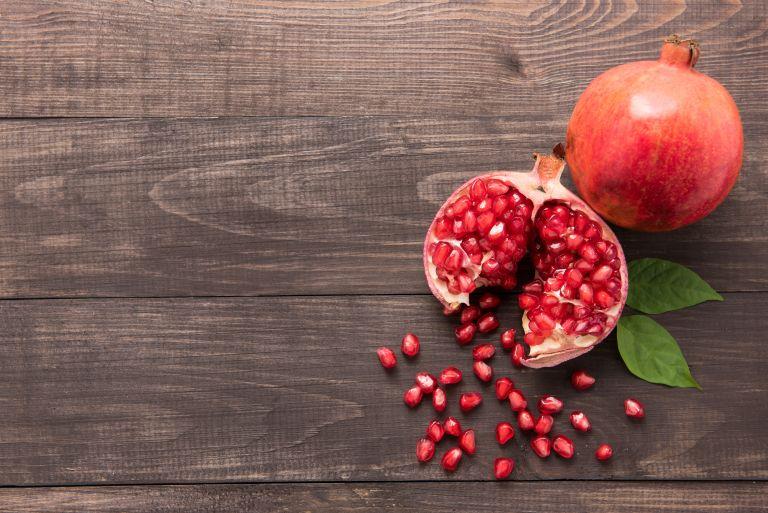 Ρόδι: Τα οφέλη που έχει για την υγεία μας | vita.gr