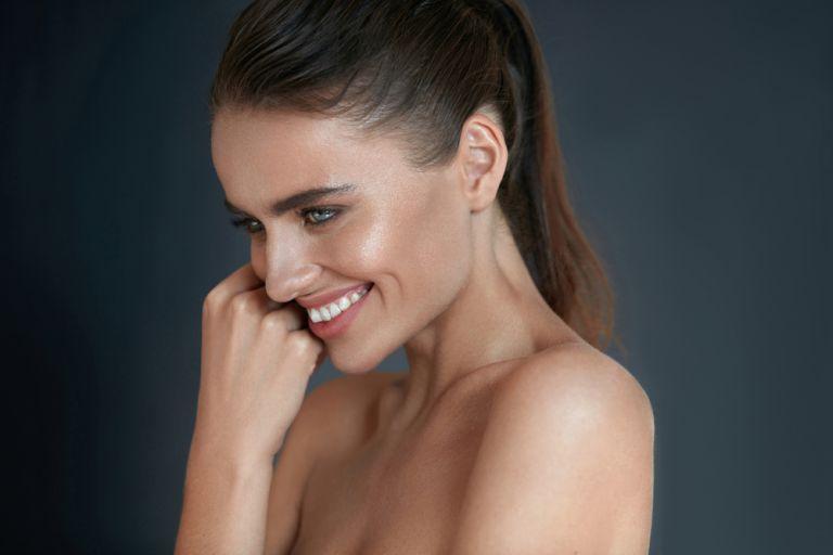 Με αυτό το μακιγιάζ το δέρμα σας θα δείχνει πιο υγιές από ποτέ | vita.gr