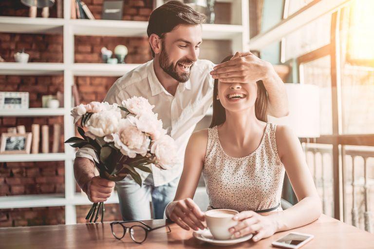 Τρεις τρόποι για να ζωντανέψει ξανά η σχέση | vita.gr