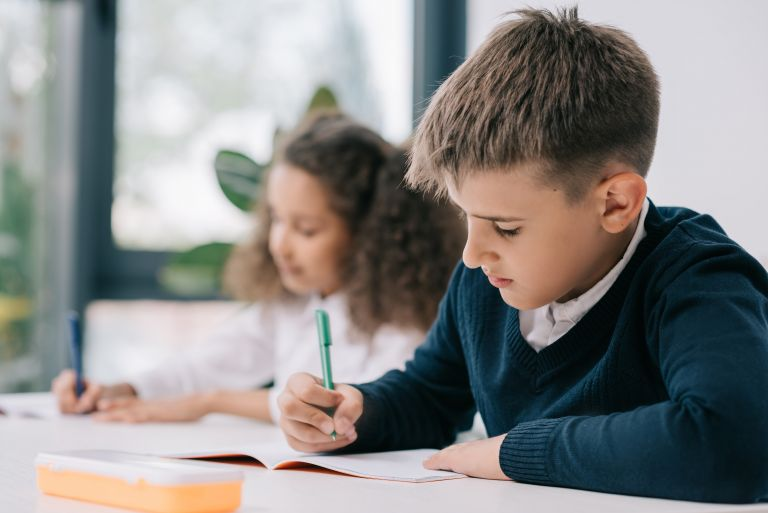 Οδηγός για καλή συμπεριφορά και στο σχολείο | vita.gr