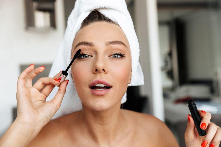 Το πιο εύκολο μακιγιάζ για να αναδείξετε τα μάτια σας | vita.gr