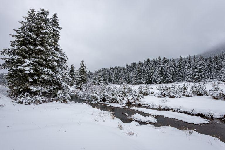 Συνεχίζεται η επέλαση του «Ηφαιστίωνα» – Χιόνια, κρύο και καταιγίδες σε ολόκληρη τη χώρα | vita.gr