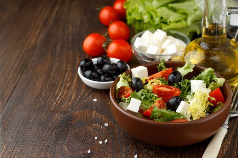 Γιατί όλοι επαινούν τη μεσογειακή διατροφή; | vita.gr