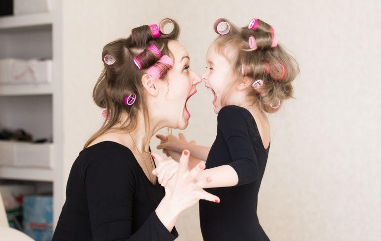 Ντύστε το μικρό σας δίχως φωνές και δάκρυα | vita.gr