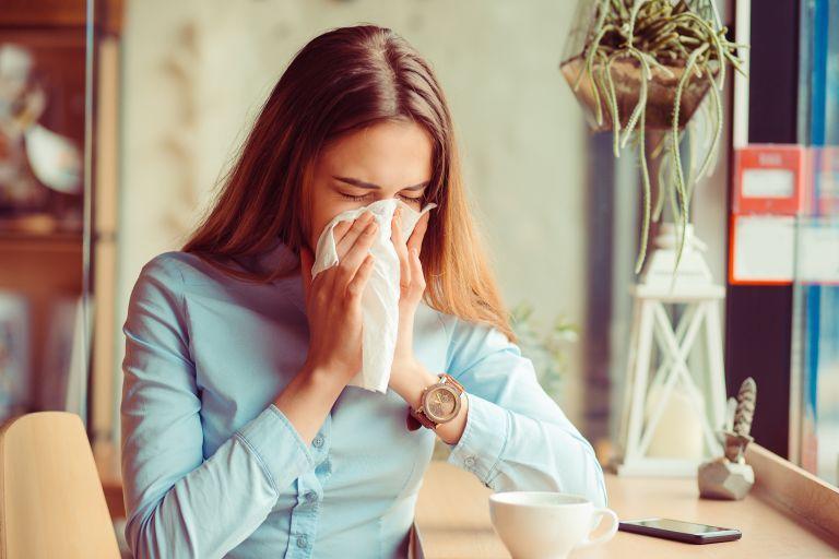 Γρίπη και κρυολόγημα : Για πόσες ημέρες μεταδίδονται | vita.gr