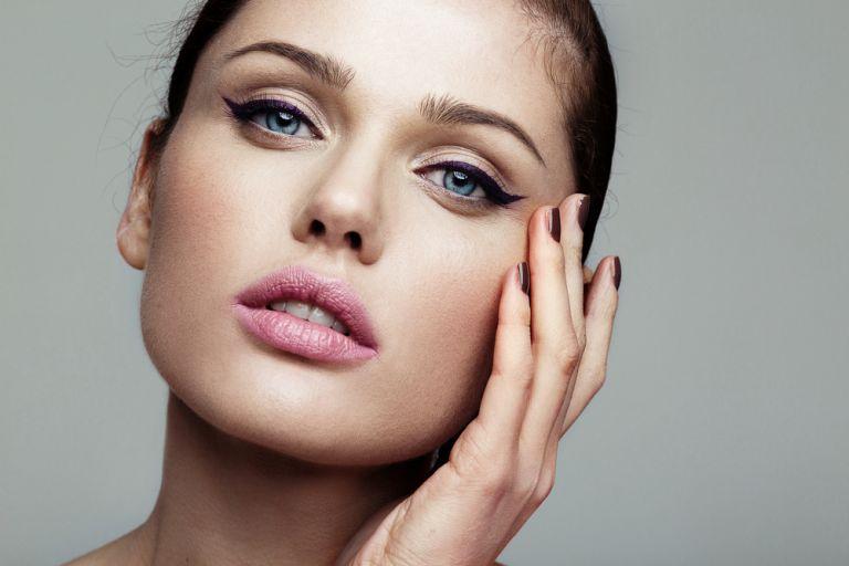 Αυτός είναι ο πιο εύκολος τρόπος να βάλετε eyeliner | vita.gr