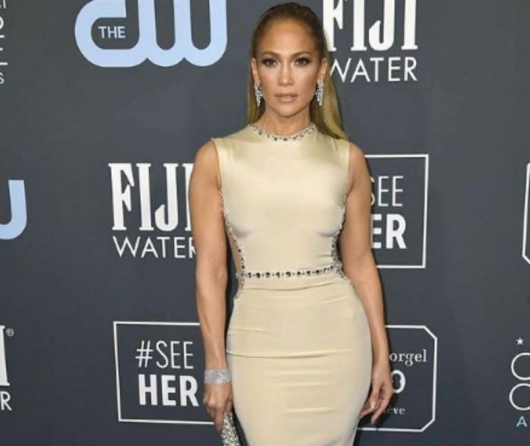 Jennifer Lopez: Μαγνητίζει τα βλέμματα στην νέα της συνεργασία   vita.gr