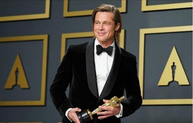 Brad Pitt: Γιατί συγκίνησε τόσο πολύ με την ευχαριστήρια ομιλία του; | vita.gr