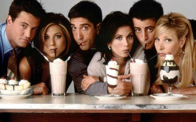 Friends: «Πανηγύρι» στο Twitter με την επιστροφή της σειράς | vita.gr