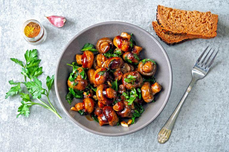 Τα τρόφιμα που θα μας βοηθήσουν να νηστέψουμε χωρίς να παχύνουμε | vita.gr