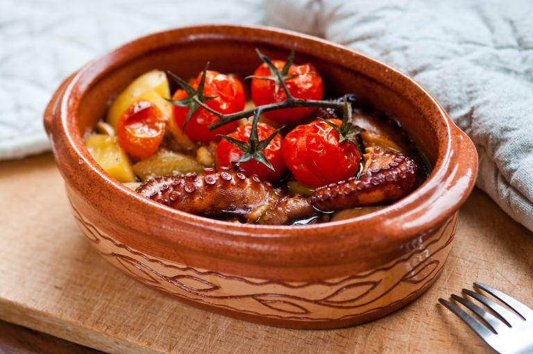 Χταπόδι στο φούρνο με κύμινο | vita.gr