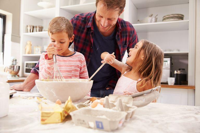 Μαγειρεύοντας παρέα με το παιδί | vita.gr