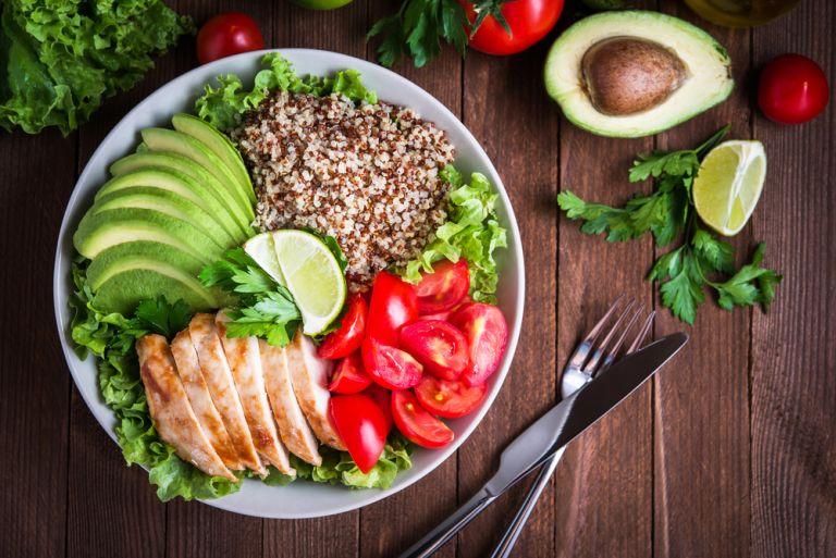 Τι να βάλετε στο πιάτο σας για να αδυνατίσετε χωρίς να μετράτε θερμίδες | vita.gr