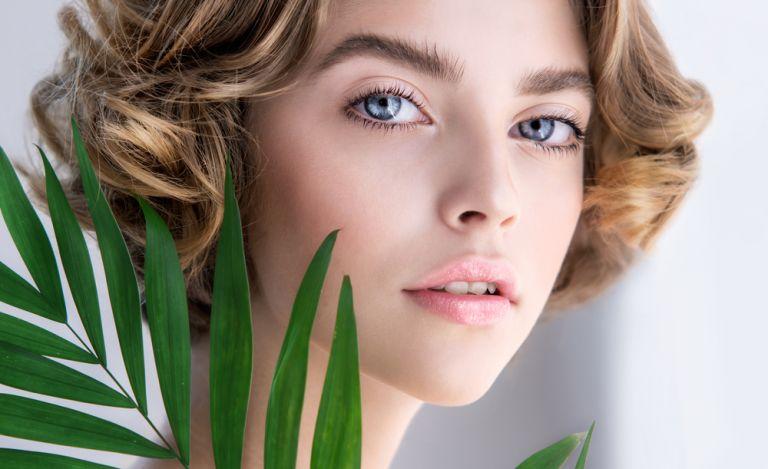 Οι απρόσμενοι παράγοντες που γερνούν το δέρμα μας | vita.gr