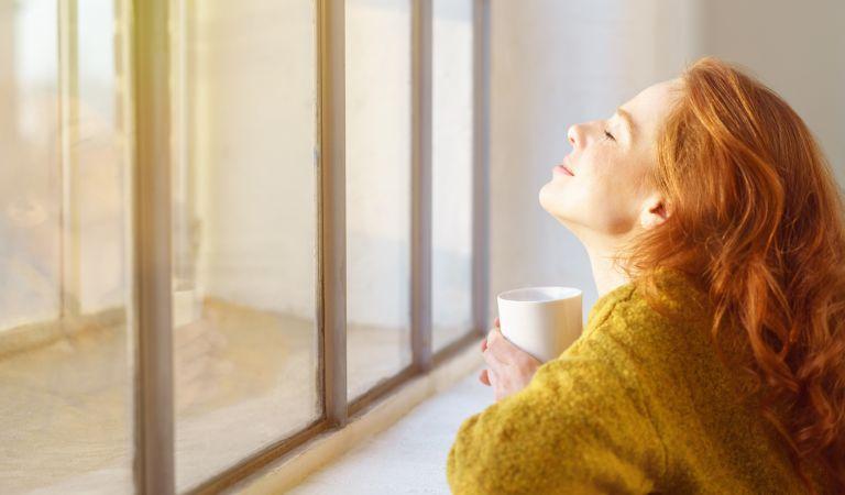 Βιταμίνη D: Πόση χρειάζεστε καθημερινά και πού θα τη βρείτε | vita.gr