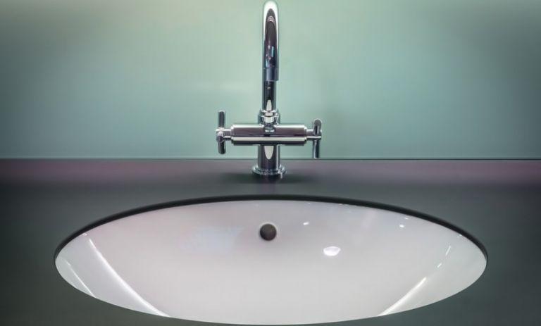 Έτσι δε θα ξαναμυρίσει ο νεροχύτης σας | vita.gr