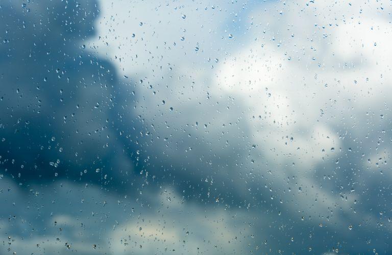 Καιρός: Βροχές και καταιγίδες – Που θα «χτυπήσουν» | vita.gr