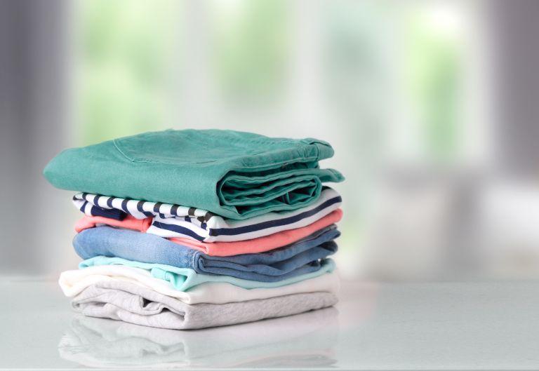 «Ζει» ο κοροναϊός στα ρούχα μας; | vita.gr
