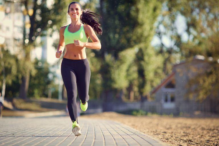 Μπορούμε να τρέχουμε έξω κατά τη διάρκεια της καραντίνας; | vita.gr