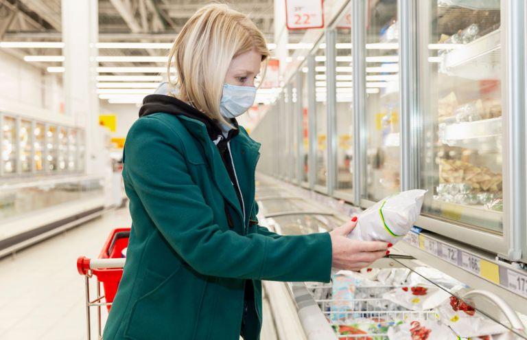 Πώς μπορούμε να εξουδετερώσουμε τον κοροναϊό από τα ψώνια του σουπερμάρκετ | vita.gr