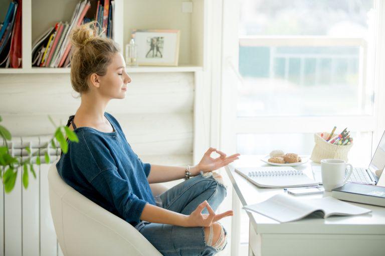 Πώς θα μετατρέψετε το άγχος σας για τον κοροναϊό σε σύμμαχό σας | vita.gr