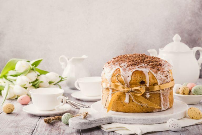 Αφράτο πασχαλινό κέικ | vita.gr