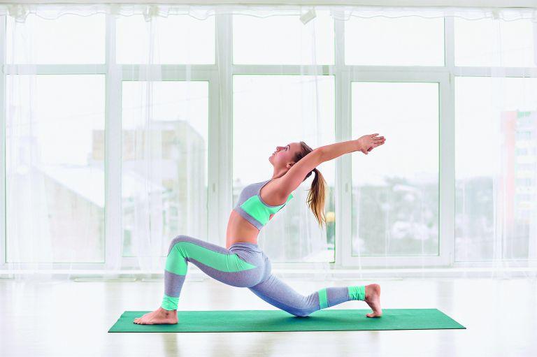 Έξι ασκήσεις για να διατηρήσετε την ενέργειά σας στα ύψη | vita.gr