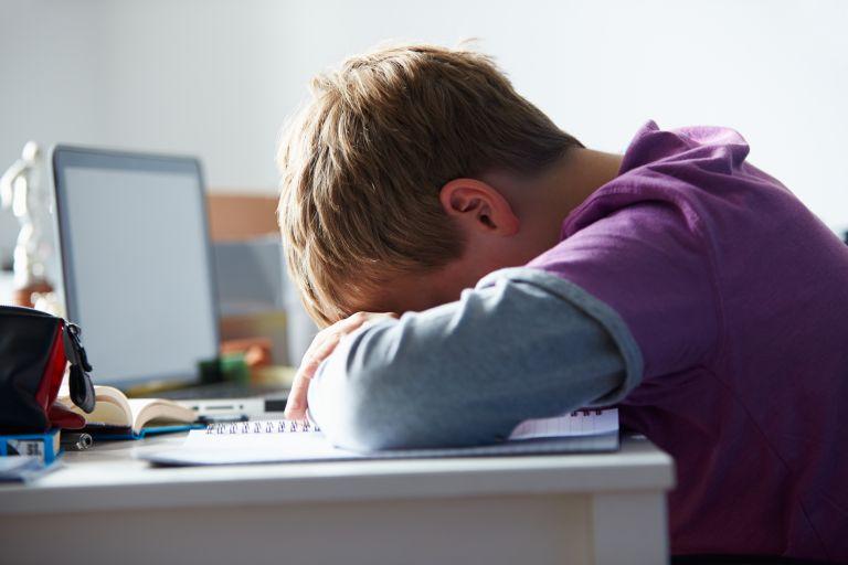 Πώς μπορώ να προστατέψω το παιδί από τους φίλους του; | vita.gr