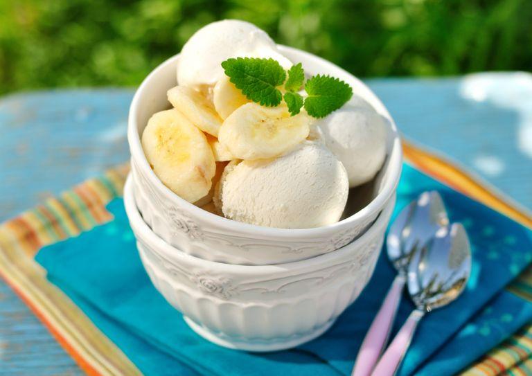 Παγωτό μπανάνα με μέλι και γιαούρτι | vita.gr