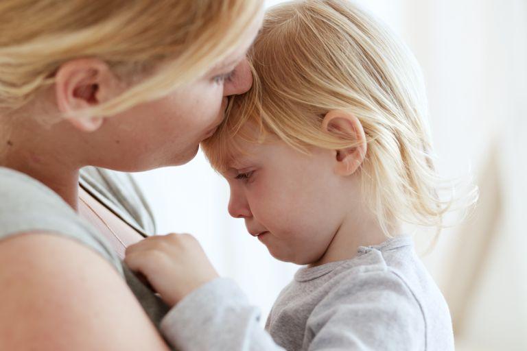 Βοηθώντας το παιδί να μάθει να διαχειρίζεται τα συναισθήματά του | vita.gr