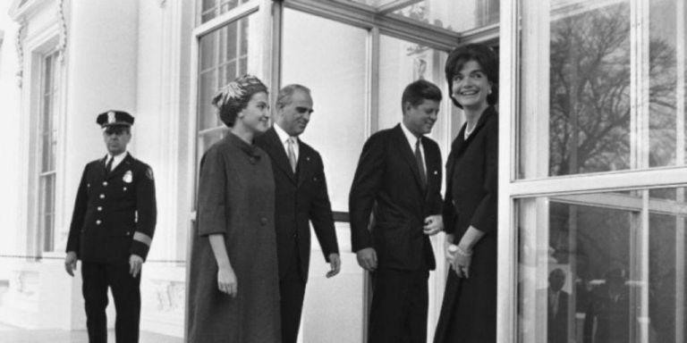 Αμαλία Μεγαπάνου: Η εμφάνιση που «κατατρόπωσε» την Τζάκι Κένεντι στον Λευκό Οίκο | vita.gr