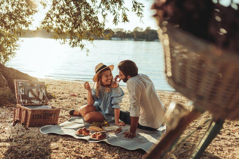 Ποια ζώδια θα ερωτευτούν φέτος το καλοκαίρι; | vita.gr
