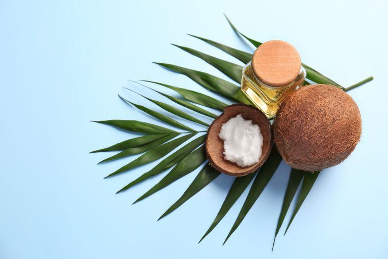 Λάδι καρύδας για την καθημερινή σας περιποίηση | vita.gr