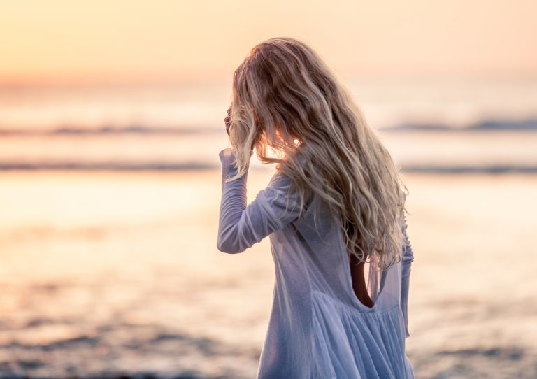 Υγιή μαλλιά και το καλοκαίρι | vita.gr