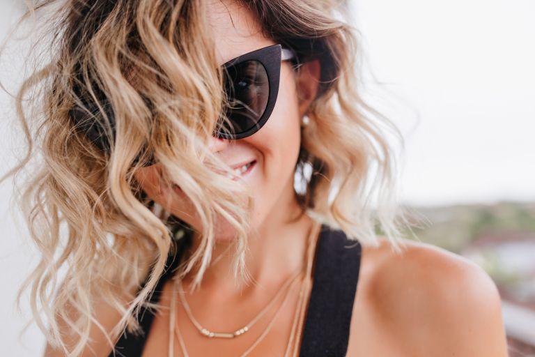 Περιποιηθείτε τα ξανθά μαλλιά σας με αυτή την DIY μάσκα | vita.gr