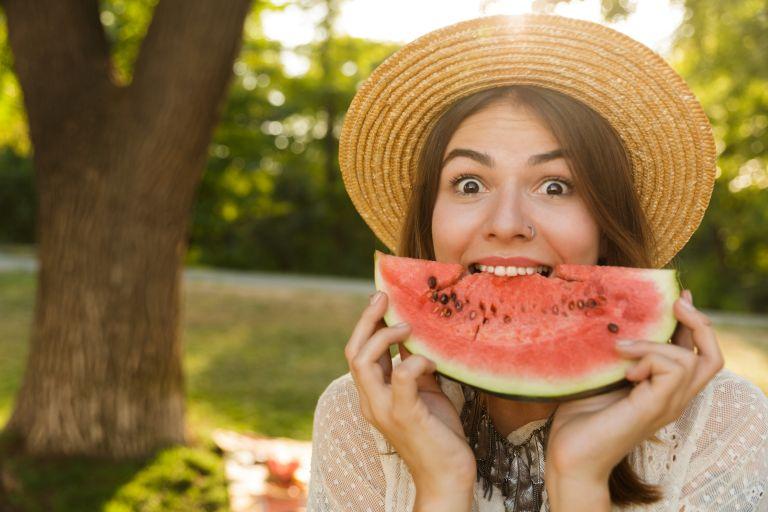 Καρπούζι: Τα εντυπωσιακά οφέλη που προσφέρει στην υγεία | vita.gr