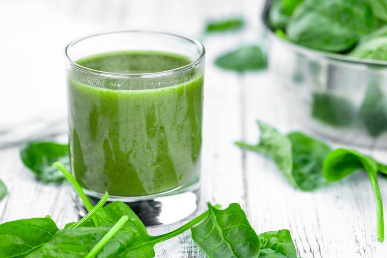 Θρεπτικό σνακ: Smoothie με πράσινο τσάι | vita.gr