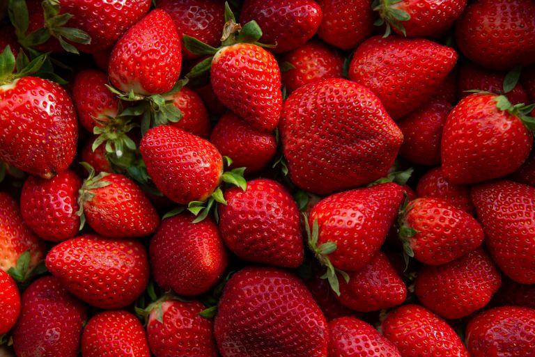 Φράουλα: Ο γευστικός σύμμαχος της υγείας   vita.gr