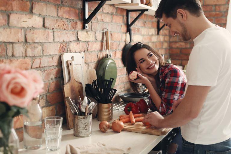 Έρωτας με τη πρώτη ματιά : Οι ενδείξεις που τον μαρτυρούν | vita.gr