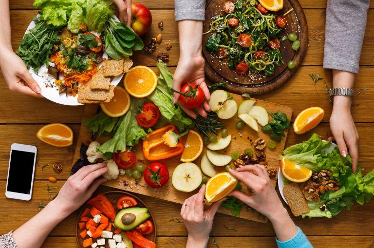 Έξυπνοι τρόποι να εντάξετε περισσότερα λαχανικά στη διατροφή σας | vita.gr