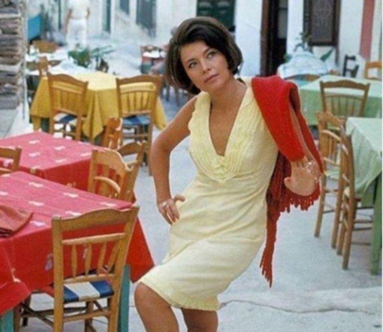 Τζένη Καρέζη: Η σπάνια φωτογραφία από το μακρινό 1972 | vita.gr